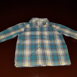 Boy's long sleeve shirt
